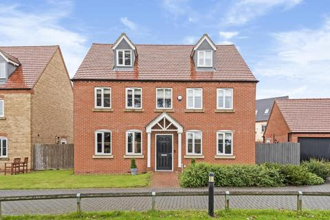 5 bedroom detached house for sale - Kingsmere,  Bicester,  Oxfordshire,  OX26