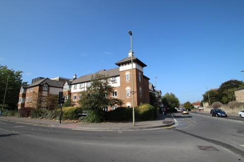 2 bedroom flat for sale - Cedar Court, Cowley