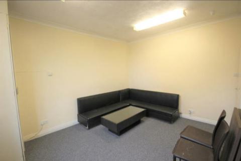 2 bedroom flat to rent - Lambton Terrace, Leeds LS8