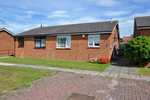 2 bedroom bungalow for sale - Echo Walk, Sheerness