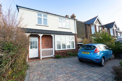 4 bedroom detached house for sale - Stanley Road, Broadstairs