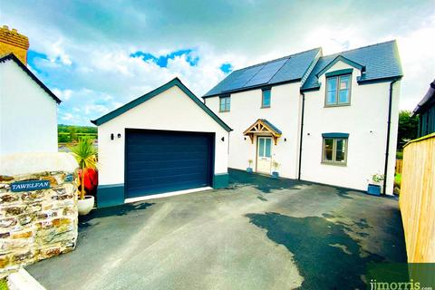 3 bedroom detached house for sale - David Street, St. Dogmaels