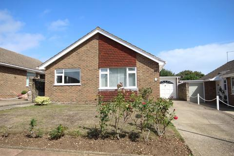 3 bedroom detached bungalow for sale - Southwold Close, High Salvington, Worthing BN13 3AN
