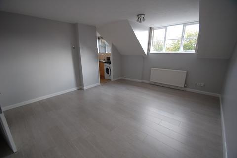 2 bedroom flat to rent - Boleyn Way, Barnet, EN5