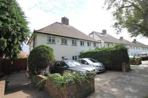 3 bedroom semi-detached house for sale - Farndale Avenue, Palmers Green N13