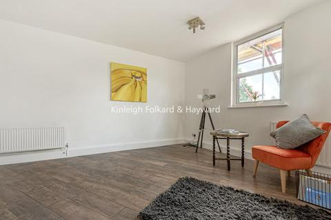 3 bedroom flat for sale - Stanstead Road, Catford