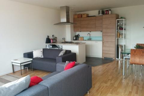 2 bedroom flat - Devons Road, London, E3