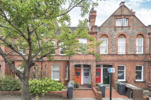 3 bedroom flat for sale - Barcombe Avenue, Streatham Hill