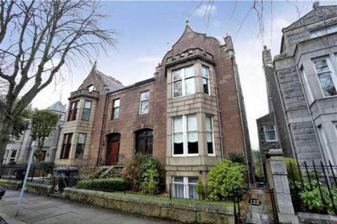 3 bedroom flat for sale - Forest Road, Aberdeen