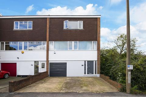 4 bedroom house for sale - Stag Lane, Buckhurst Hill, IG9