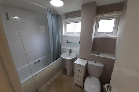 2 bedroom flat to rent - Capper Road, Cambridge, Cambridgeshire, CB25