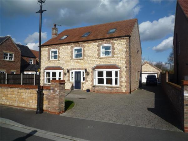 6 Bedrooms Detached House for sale in Waggoners Close, Scotter Gainsborough