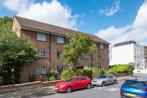 2 bedroom apartment to rent - Lambourne Rd, Clapham