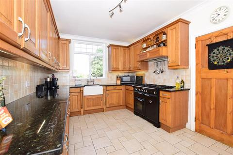 4 bedroom semi-detached house for sale - Fitzroy Avenue, Broadstairs, Kent