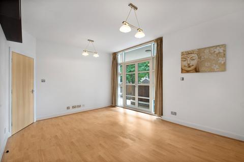 2 bedroom apartment for sale - Rivers House, Aitman Drive, Brentford, Greater London, TW8