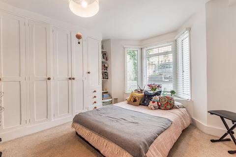 2 bedroom flat for sale - Rockley Road, Brook Green