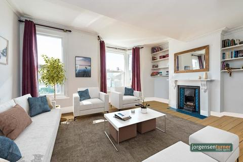 3 bedroom flat for sale - Bloemfontein Road, Shepherd's Bush, London, W12 7BH