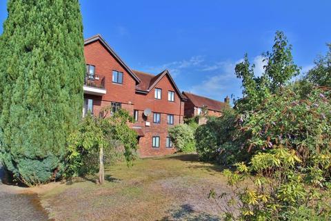 1 bedroom flat for sale - School Hill, Lamberhurst