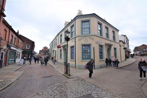 Studio to rent - Chester Street, Wrexham