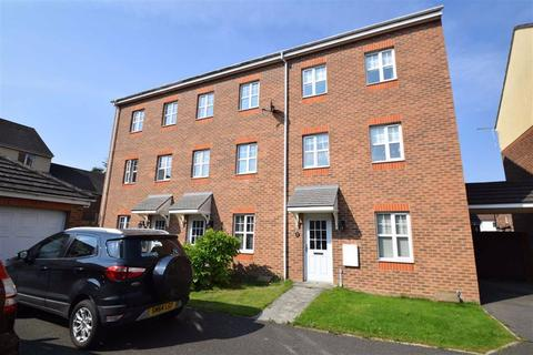 4 bedroom townhouse for sale - Sirius Court, Bridlington, East Yorkshire, YO16
