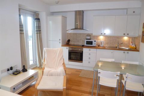 1 bedroom flat to rent - 4 Pearl Court256 Oystermouth RdSwansea