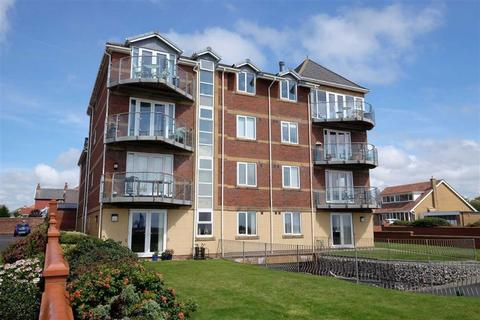 2 bedroom apartment for sale - Cartmell Court, South Promenade, Lytham St Annes