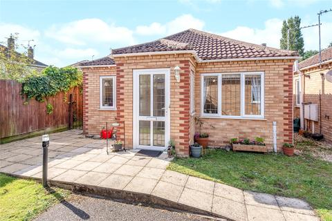 2 bedroom detached bungalow for sale - Swallow Gardens, Off Doddington Road, LN6