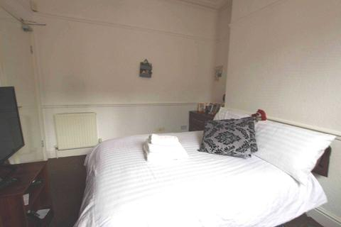 5 bedroom house share to rent - Empress Road, Liverpool