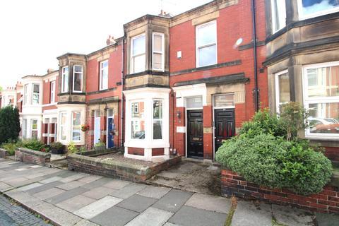 3 bedroom flat for sale - wolsley gardens, Jesmond Vale NE2