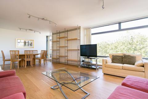 3 bedroom apartment to rent - ALBERT EMBANKMENT, SE1