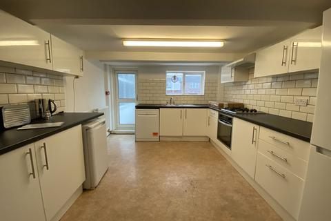 6 bedroom house to rent - Hollingdean Terrace, Brighton BN1