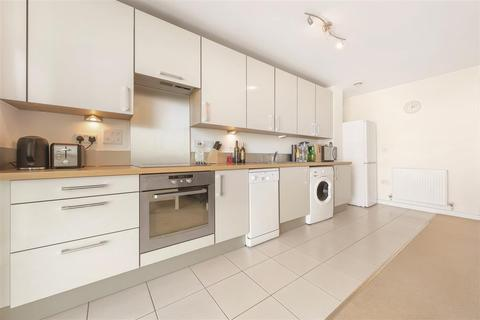 1 bedroom flat for sale - Mapleton Road, SW18