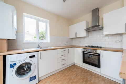3 bedroom terraced house to rent - Inverine Road, Charlton, London, SE7