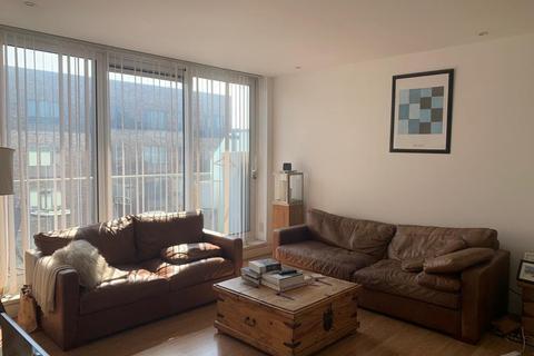 2 bedroom apartment to rent - Latitude Court, London, E16