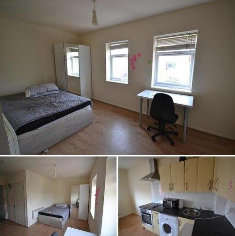 Studio to rent - Gulson Road, Coventry CV1