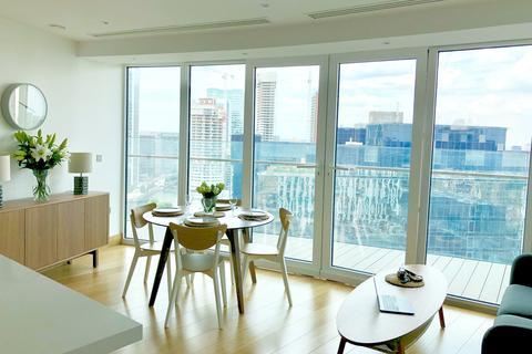 2 bedroom flat - Arena Tower, Canary Wharf, London, E14