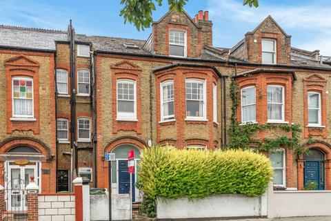 2 bedroom flat for sale - Trent Road, Brixton