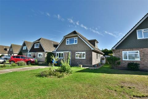 3 bedroom detached house for sale - St Thomas Close, Ensbury Park, Bournemouth