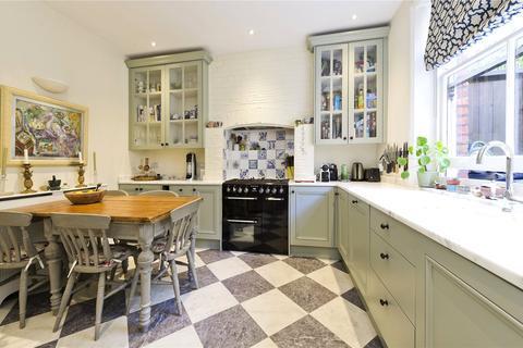 3 bedroom apartment for sale - Addison Park Mansions, Richmond Way, London, W14