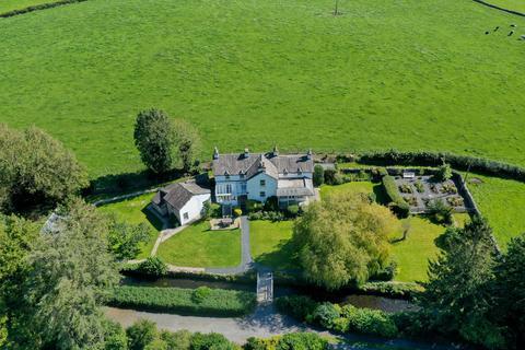 5 bedroom detached house for sale - Rostead, Cark-in-Cartmel, Grange-over-Sands, Cumbria, LA11 7NL