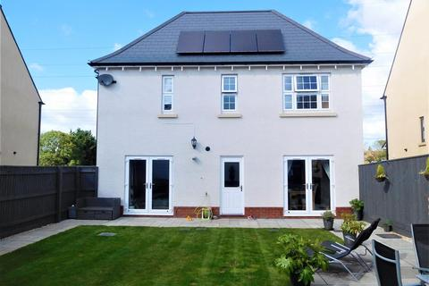 4 bedroom detached house for sale - Ferryman Way, Exeter