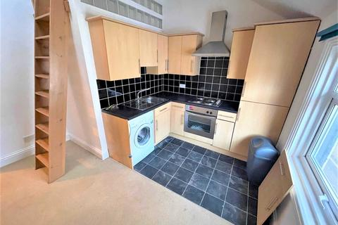 1 bedroom apartment - Albion Street, Exmouth
