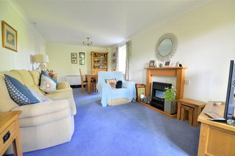 2 bedroom apartment for sale - St Agnes Road, East Grinstead, West Sussex, RH19