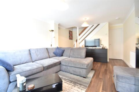 2 bedroom semi-detached house to rent - Fotherby Court, Maidenhead, Berkshire, SL6
