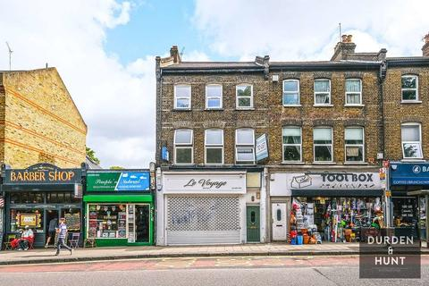 Property to rent - High Street, Wanstead