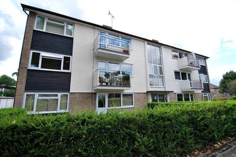2 bedroom flat to rent - Clitherow Avenue, Boston Manor, London, W7 2BX