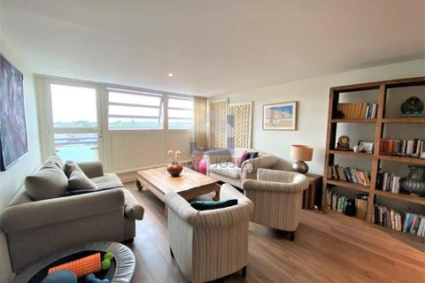 2 bedroom apartment for sale - Balham Hill, Clapham South, London, SW12 9EE