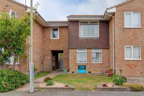 2 bedroom house for sale - St Crispians, Seaford, East Sussex, BN25 2DY