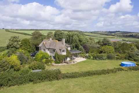 4 bedroom detached house for sale - Sherborne-Walking distance to centre & amazing views