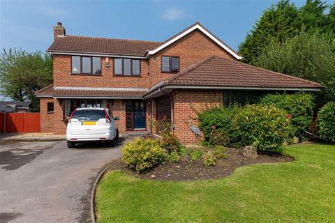 4 bedroom detached house for sale - Crewe Road, Crewe, Cheshire